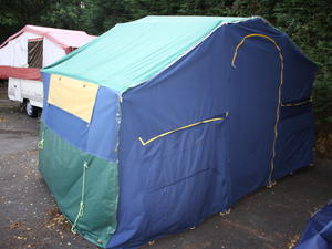 Sunc& 400se 2005 6 Berth Trailer Tent + Full Awning in Maidstone & Second Hand Tents for Sale | Friday-Ad
