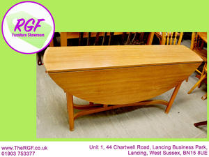 SALE NOW ON!! - Drop Leaf Dining Table- Local Delivery £19 in Lancing