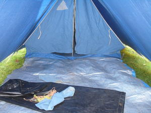 Two person Canvas Tent in Cheltenham & Two person Canvas Tent in Cheltenham | Friday-Ad