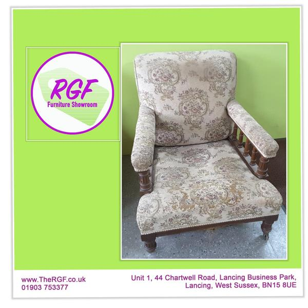 Antique Style Chair For Reupholstery   Local Delivery £19 In Lancing