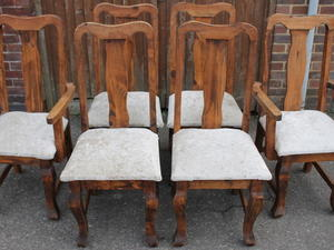 6 X Chairs/ Upholstered Seats