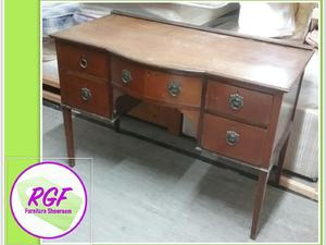 Gorgeous Dressing Table - Local Delivery £19 in Lancing