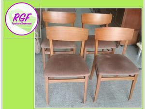 Set Of 4 Retro Style Chairs For Reupholstery   Local Delivery £19 In Lancing