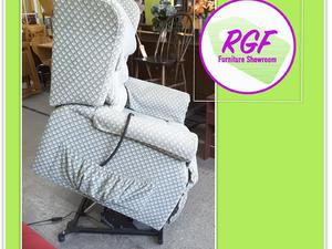 Sherborne Dual Motored Rise & Recline Mobility Chair - Local Delivery £19 in Lancing