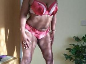 BUSTY EBONY Lisa for massage and escort services. Fun
